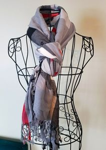 Plaid grey and red scarf